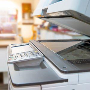 copiadora-no-local-de-trabalho-do-escritorio_101448-497